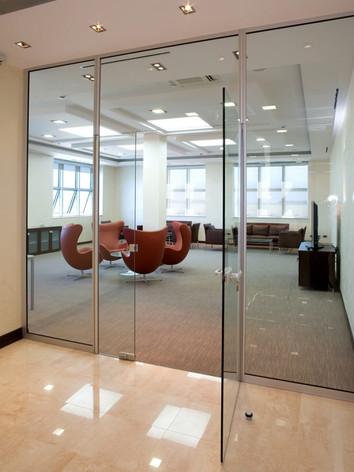 tipos-porta-de-vidro-893x1024.jpg