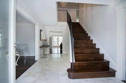 Staged entryway