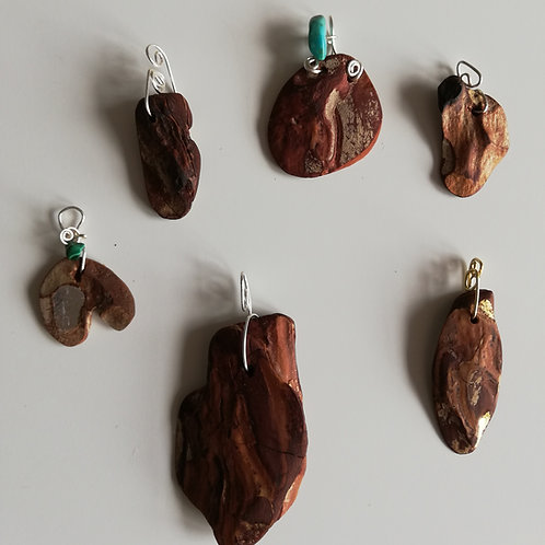 Pine bark pendants natural look and with beads