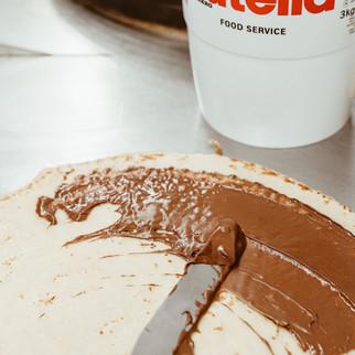 Crepe-Nutella_edited.jpg