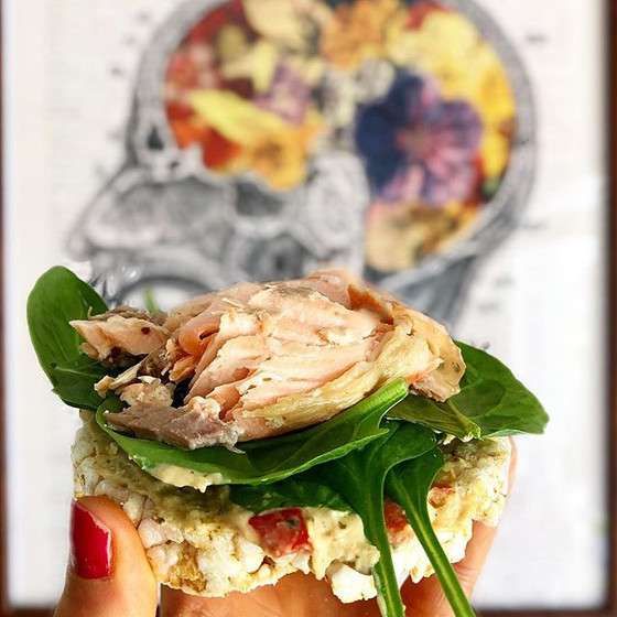 Brain health and nutrition plus a snack recipe: Salmon with Spinach and Hummus on Brown Rice Cakes