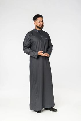Saudi Embroidery Collar Thobe (Black)