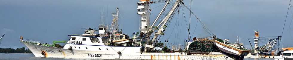 Tuna Fishing Vessel 'Atun Stan' in Majuro, Marshall Islands BMK_8745 MAX.jpg
