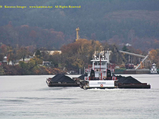 Pike Island Locks & Dam: Images of Push-boat MV 'Michael T Somales' with Unit-tow of Coal Barges