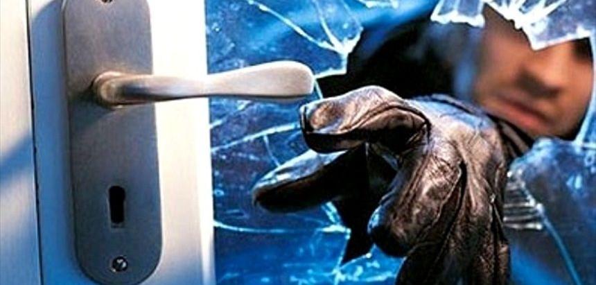 Ladrões atacam empresas e furtam ferramentas, pneus e cabos telefônicos
