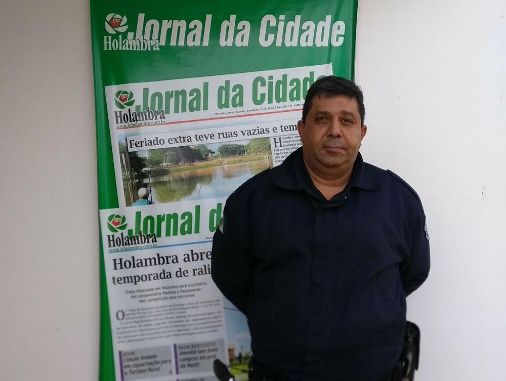 Presidente do Conseg, Paulo Roberto Rita fecha acordo com o JC para a divulgação de dicas de segurança (Foto: Maria Elisa Moraes/Site JC)