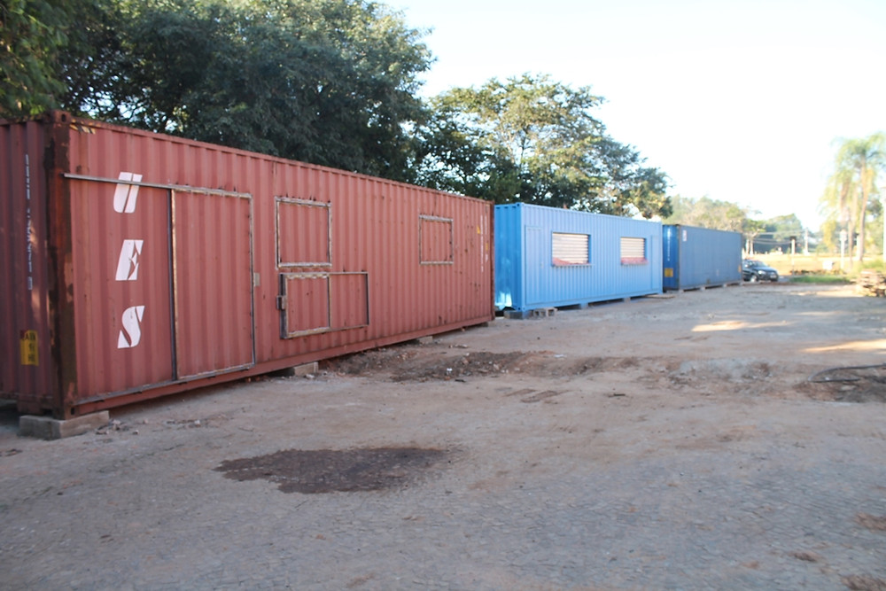 Containers-Lanchonete na Rua Coberta, em Holambra