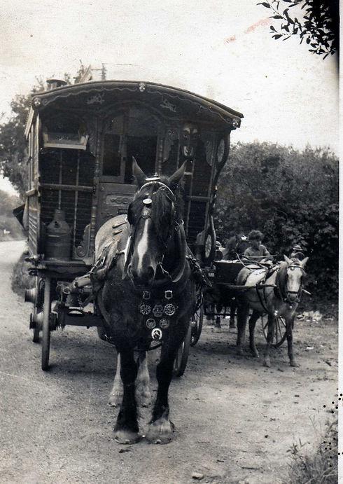 JC wagon and Paul005.jpg