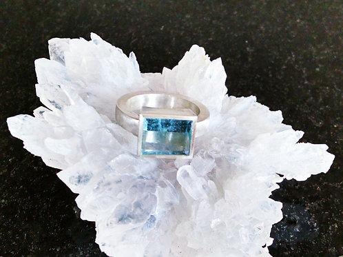 Aquamarine Mirror Cut