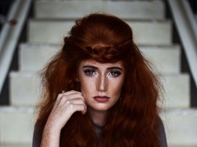 Tia Robertson Model