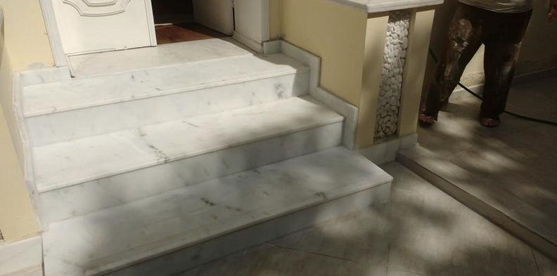 Escada Mármore Branco Espírito Santo Pinta Cinza