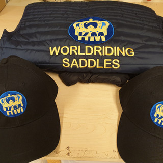worldriding saddles borduren.jpg