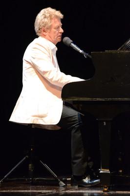 Denis piano.JPG