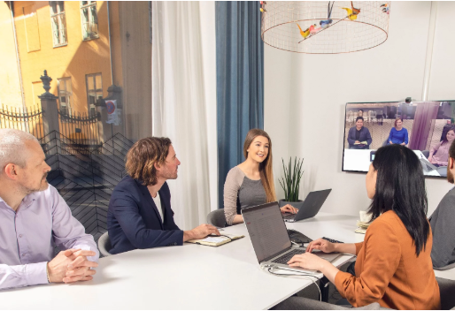 Tech-enabled huddle rooms: The secret to a more innovative workplace