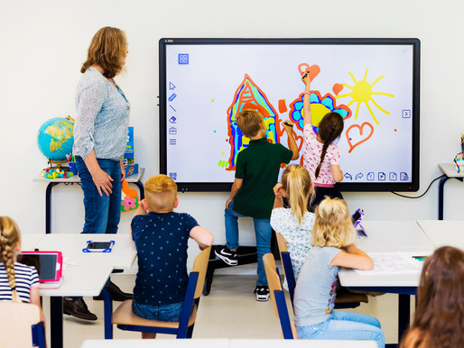 10 Ways Interactive Touchscreens Improve Education 2020