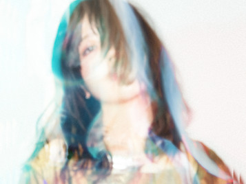 release // 1st single「walkin'」
