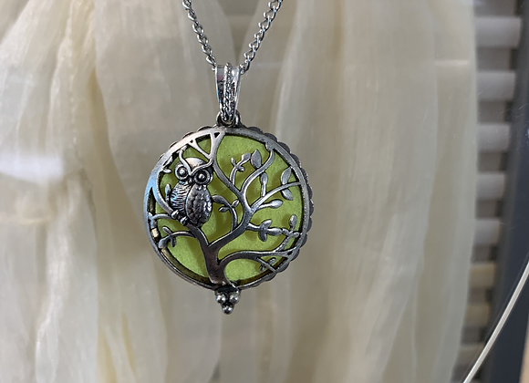 Owl In Tree Diffuser Necklace