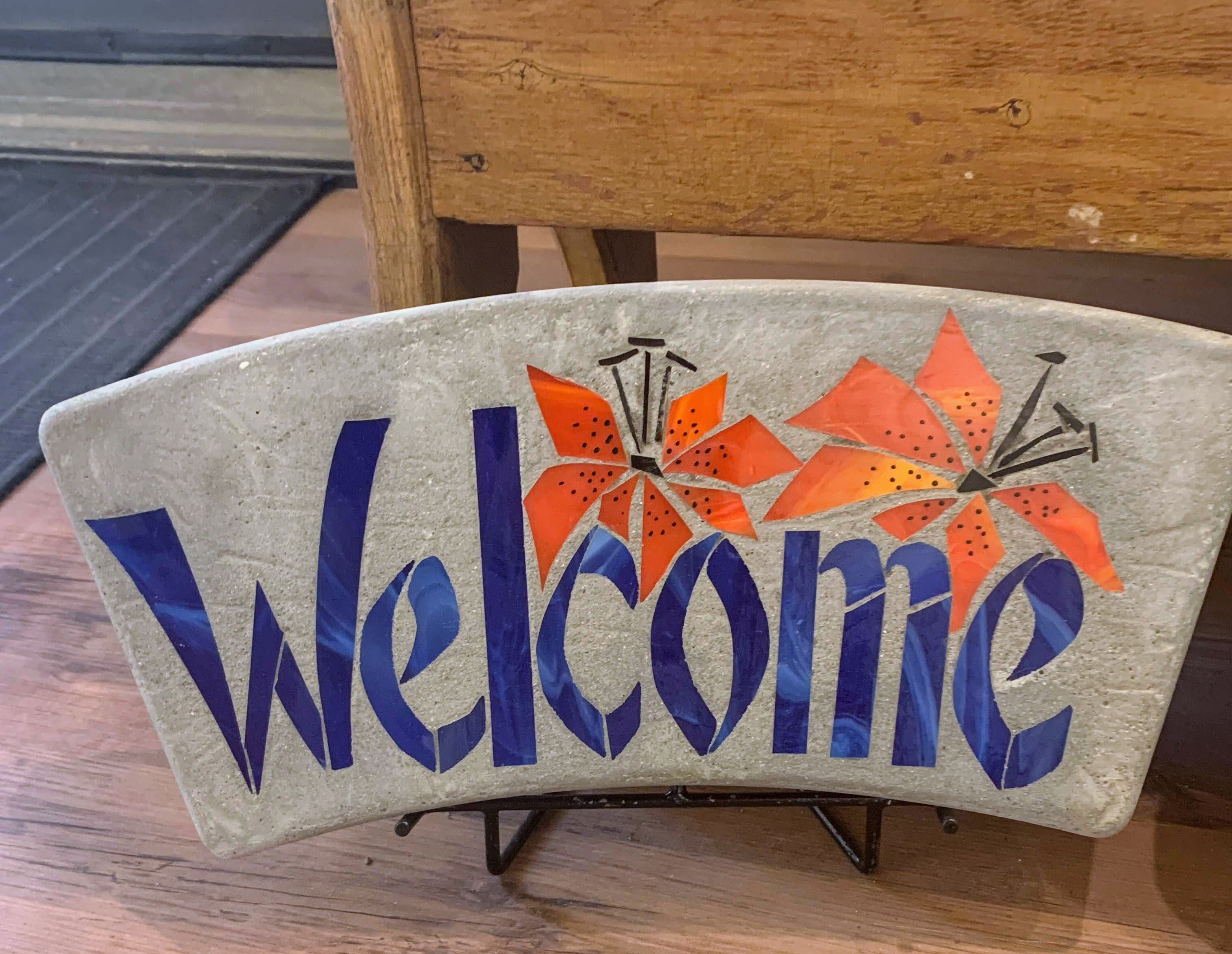 Welcome Arch with Prairie Lily