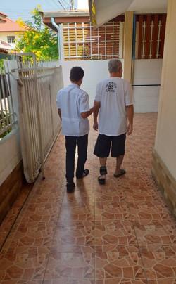 ฝึกเดิน