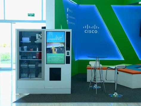 CISCO LIVE!     Máquina expendidora