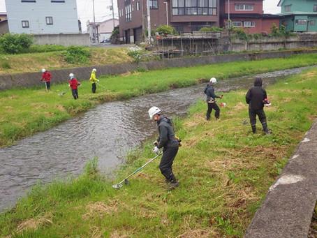 中の川アダプト活動を行いました。