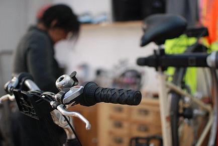 Chris_atelier_vélo.jpg
