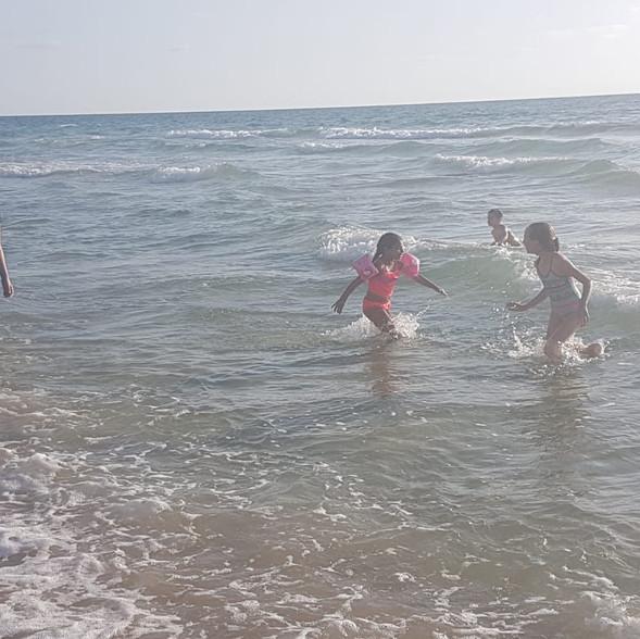 חוף חבצלת השרון (5).jpg