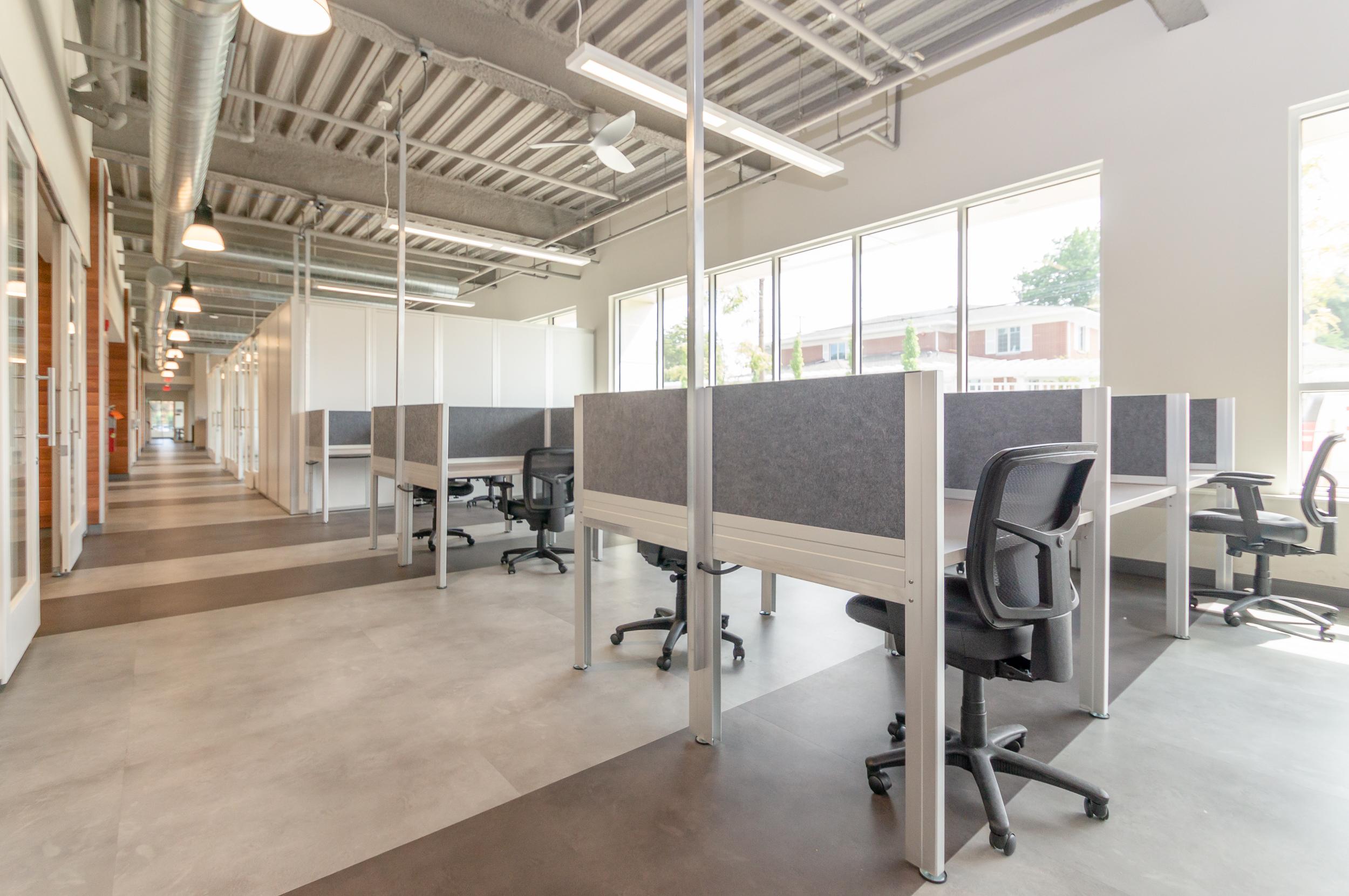 CLEworx desks