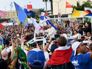 Papal Welcome Inspires People from all over the World