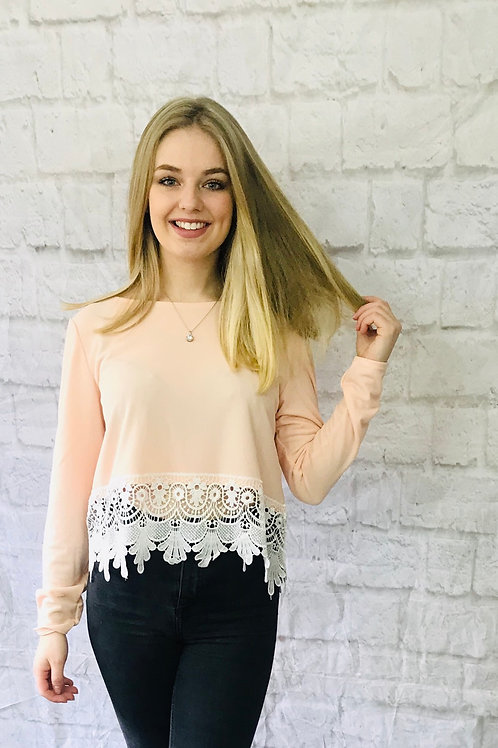 Lace Hem Top in Soft Pink