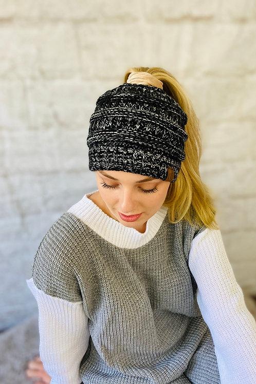 Ponytail Beanie Hat Black/White