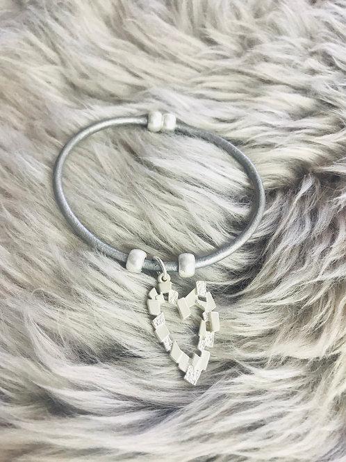 Square Pattern Heart on Leather Bracelet