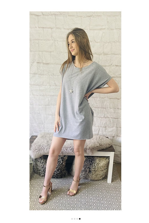 Oversized Top with Statement Necklace in Grey