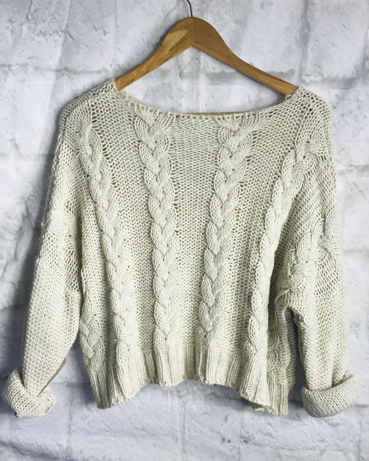 Cable Knit Crop Jumper in Stone