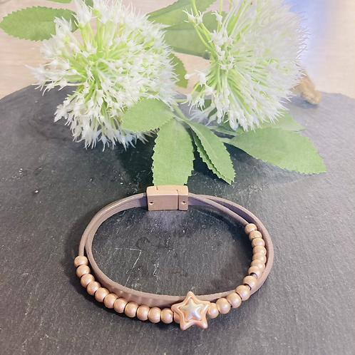 Star Pendant Leather Bracelet