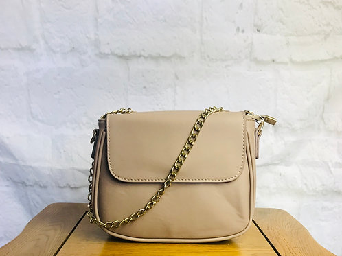 Nude Saddle Bag with Gold Chain