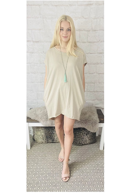 Oversized Top with Statement Necklace in Beige