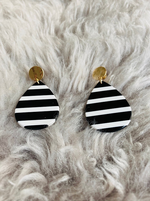 Black & White Tear Drop Earrings