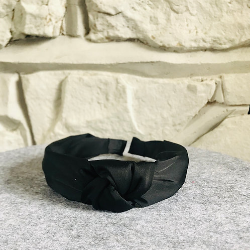 Knotted Head Band in Black
