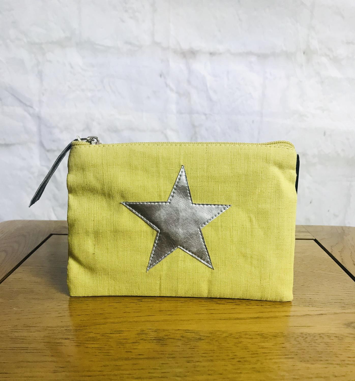 Thumbnail: Yellow Star Purse