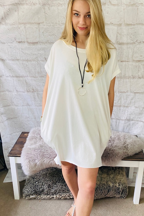 Oversized Top with Statement Necklace in Cream