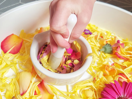 Exploring senses with flower play