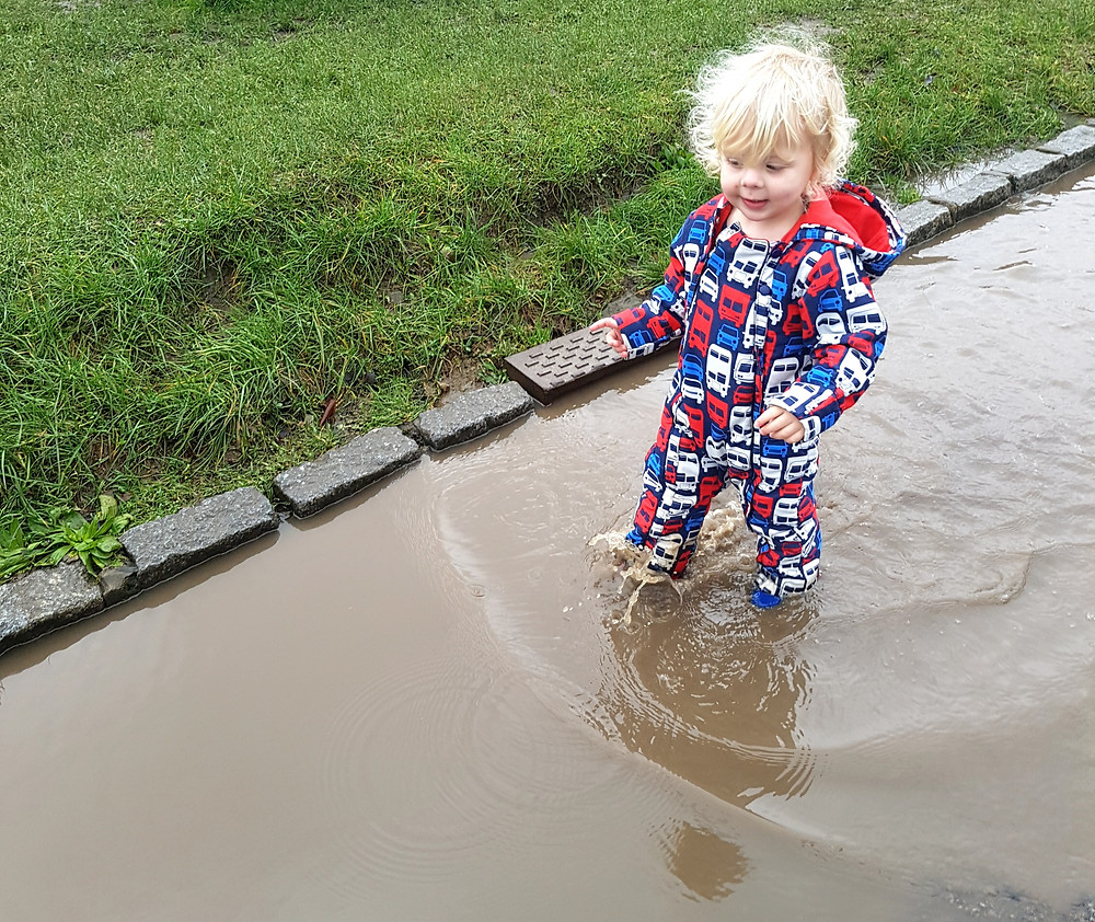 Splashing in puddles, Going on a sound hunt, sensory play for kids