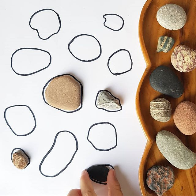 Stone outline puzzles, 12 puzzles to DIY