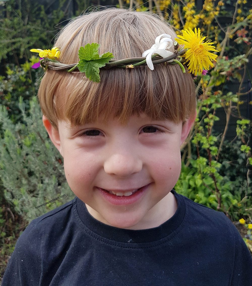 Nature crown, why we love sticks