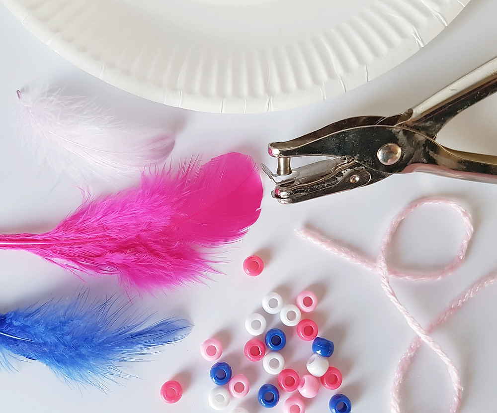 paper plate dreamcatcher pink and blue crafting equipment