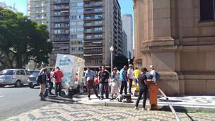 Projeto social ajuda moradores de rua