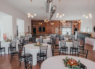 Maggie and Carson | The Rialto, Hannibal Mo | Stunning Industrial Modern Venue