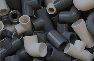 white and gray pipe fittings