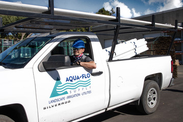 Aqua-Flo Truck and Employee